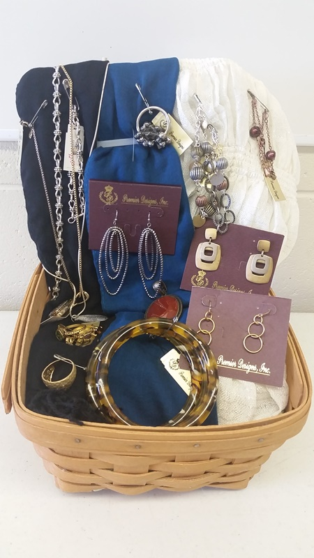 Knox county 4 h 2015 silent auction donations knox for Paparazzi jewelry gift basket